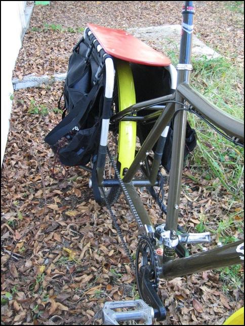 Crankset and platform pedals