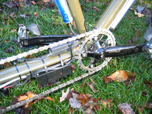 Chainstay controller location